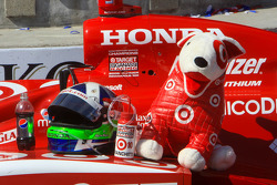 Car, helmet and mascot of race winner Dario Franchitti, Target Chip Ganassi Racing