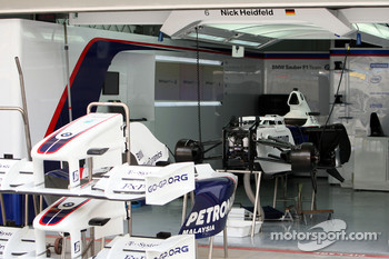 BMW Sauber F1 Team pit area