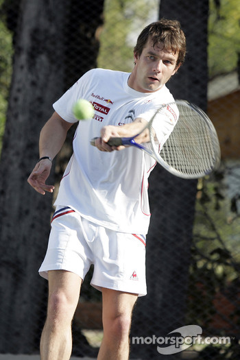 Sbastien Loeb plays tennis
