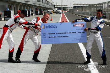 The three championship contenders battle for the winners cheque of $500,000: Heinz-Harald Frentzen Team Lavaggi; Johnny Herbert JMB; Gianni Morbidelli Palm Beach