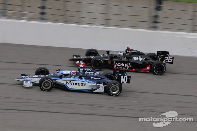 Marco Andretti, Andretti Green Racing runs with Dario Franchitti, Target Chip Ganassi Racing