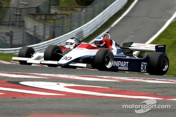 #30 David Abbott (GB) Arrows A4, Mirage (1982); #36 Luciano Quaggia (I) Theodore TR1, F1 Storiche (1978)