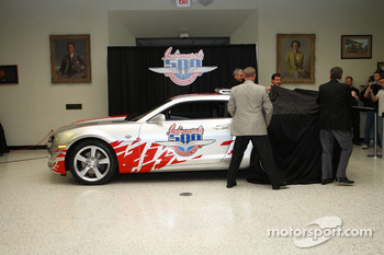 2009 Indianapolis 500 2010 Chevrolet Camaro pace car presentation: Indianapolis 500 winners Al Unser Jr., Johnny Rutherford, Eddie Cheever and IMS President and COO Joie Chitwood unveil the Chevrolet Camaro pace car