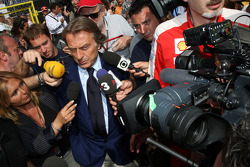 Luca di Montezemolo, Scuderia Ferrari, FIAT Chairman and President of Ferrari leave the FOTA meeting on the boat of Flavio Briatore, Renault F1 Team, Team Chief, Managing Director