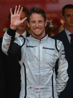 5 wins for 1st place Jenson Button, Brawn GP