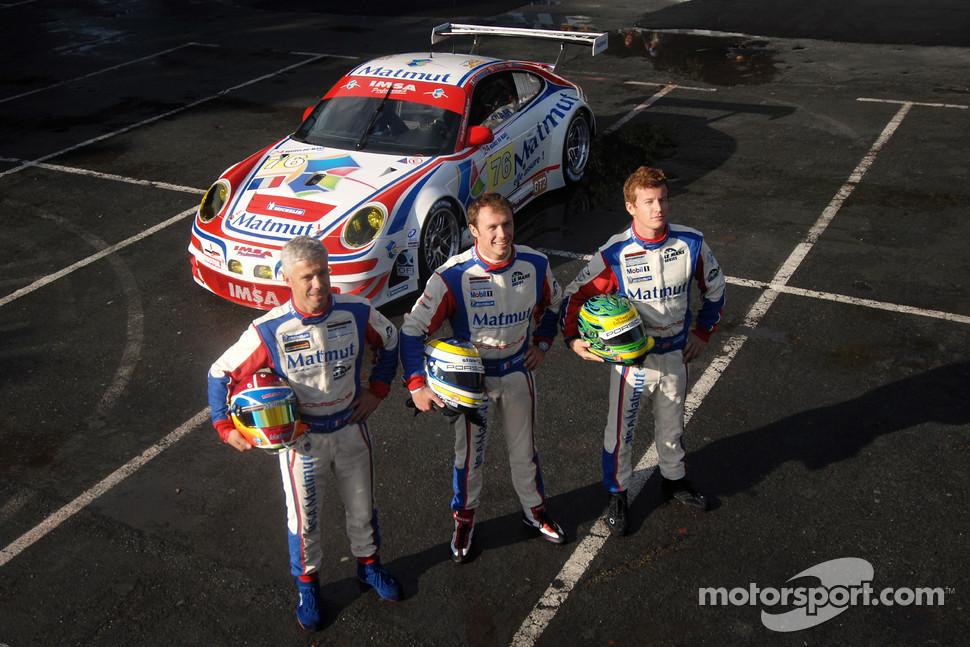 IMSA Performance Matmut team photoshoot: Raymond Narac, Patrick Pilet and Patrick Long