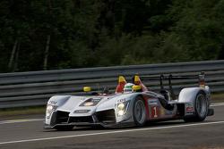 #1 Audi Sport Team Joest Audi R15 TDI: Allan McNish, Rinaldo Capello, Tom Kristensen