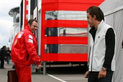 Stefano Domenicali, Scuderia Ferrari, Sporting Director, Fernando Alonso, Renault F1 Team