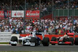 Robert Kubica, BMW Sauber F1 Team and Lewis Hamilton, McLaren Mercedes