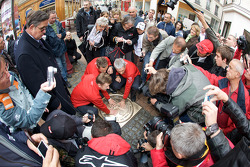 Hand imprint ceremony: 2008 winners Allan McNish, Tom Kristensen and Rinaldo Capello surounded by media and fans