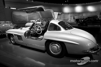 Post-war miracle: 1955 Mercedes-Benz 300 SL coupé