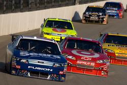 Jamie McMurray, Roush Fenway Racing Ford and Juan Pablo Montoya, Earnhardt Ganassi Racing Chevrolet