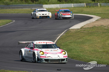 #18 T-Mobile VICI Racing Porsche 911 GT3 RSR: Richard Westbrook, Johannes Stuck