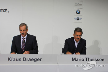 Dr. Klaus Draeger (head of development), Dr. Mario Theissen (BMW Sauber F1 Team, BMW Motorsport Director)