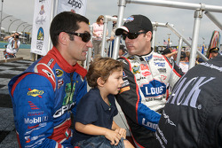 Max Papis, Germain Racing Toyota and Jimmie Johnson, Hendrick Motorsports Chevrolet