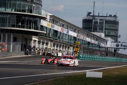 #15 Kolles Audi R10 TDI: Christian Bakkerud, Christijan Albers, Giorgio Mondini, #76 IMSA Performance Matmut Porsche 997 GT3 RSR: Raymond Narac, Patrick Pilet