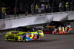 Mark Martin, Hendrick Motorsports Chevrolet, Martin Truex Jr., Earnhardt Ganassi Racing Chevrolet