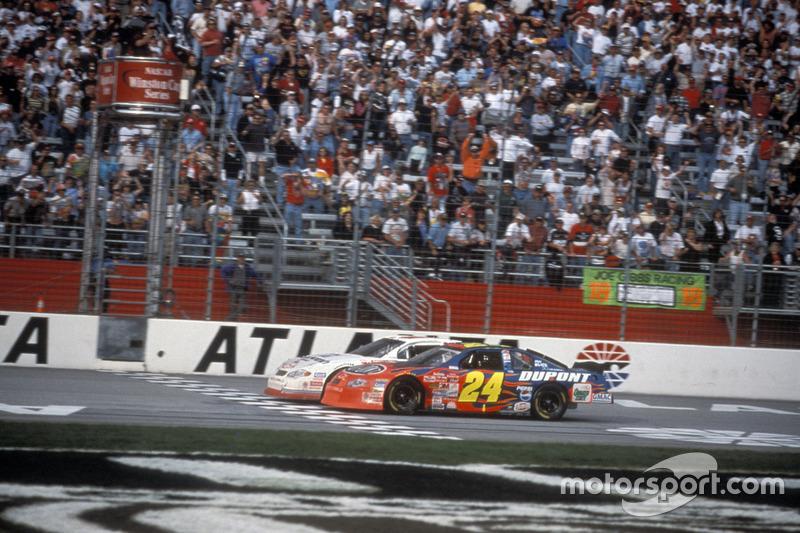 Atlanta 2001: Kevin Harvick siegt vor Jeff Gordon