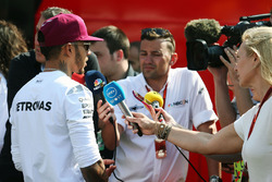 Lewis Hamilton, Mercedes AMG F1 with Will Buxton, NBC Sports Network TV Presenter after the race