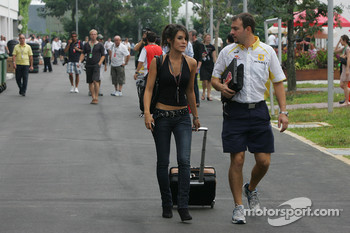 Marion Jolles girlfriend of Romain Grosjean, Renault F1 Team