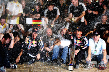 Red Bull Racing team celebration: Sebastian Vettel, Red Bull Racing celebrates his win with Mark Webber, Red Bull Racing, Christian Horner, Red Bull Racing, Sporting Director and the team