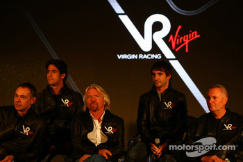Nick Wirth, Technical Director with Lucas di Grassi, driver, Sir Richard Branson, Chairman of the Virgin Group, Timo Glock, driver and John Booth, Sporting Director