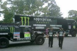 Team Gordon Hummer and service trucks