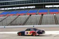 Brian Vickers, Red Bull Racing Team Toyota, tests the new spolier package
