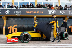 Vitaly Petrov, Renault F1 Team, Robert Kubica, Renault F1 Team, Eric Boullier, Team Principal, Renault F1 Team unveil the R30