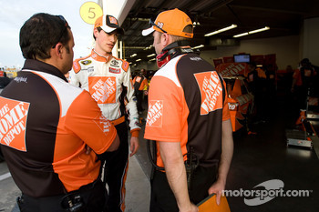 Joey Logano, Joe Gibbs Racing Toyota talks with crew chief Greg Zipadelli