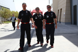 Nick Wirth, Technical Director, Virgin Racing with Dave O'neil, Team manager