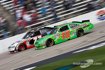 Kyle Busch, Joe Gibbs Racing Toyota and Sam Hornish Jr., Penske Racing Dodge
