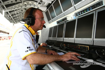Renault Engineer