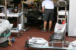 Deutsche Post now on the Mercedes