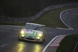 #42 Porsche 997 GT3 Cup: Michael IIIbruck, Manuel Lauck, Joerg van Ommen, Altfrid Heger
