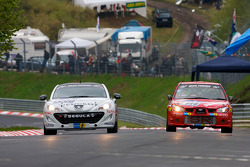 #200 Peugeot Peugeot RC Z: Jean-Philippe Peugeot, Stéphane Caillet, Cyrus Ayari, Olivier Perez, #148 Subaru Impreza: Peter Venn, Mike Rimmer
