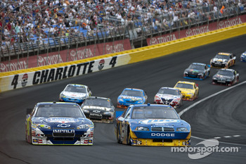 Start: Ryan Newman leads the field