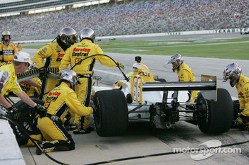 Pit stop for Jay Howard, Sarah Fisher Racing