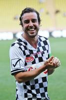 Formula 1 Foto - Fernando Alonso, McLaren at a charity football match