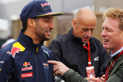 (L to R): Daniel Ricciardo, Red Bull Racing with Simon Lazenby, Sky Sports F1 TV Presenter