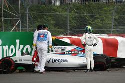 Феліпе Масса, Williams FW38, аварія в першій тренувальній сесії