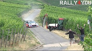 Neuville almost hits tractor | Rally Deutschland Test 2015