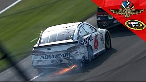 Bayne and Bowyer tangle late at Indy