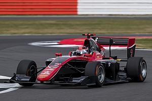 GP3 Raceverslag GP3 Silverstone: Russell slaat dubbelslag met zege in hoofdrace