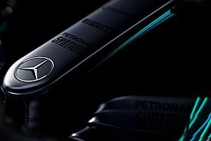 Mercedes покажет новую машину в один день с Ferrari