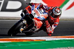 MotoGP Trainingsbericht MotoGP-Finale Valencia: Lorenzo mit Freitagsbestzeit, Marquez stürzt