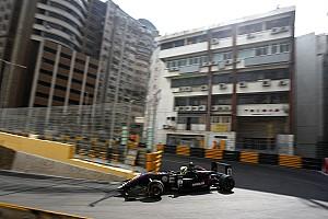 F3 Reporte de calificación Eriksson logra la pole para el sábado de Macao