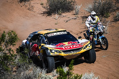 sainz au volant d 39 une mini x raid sur le dakar 2019. Black Bedroom Furniture Sets. Home Design Ideas