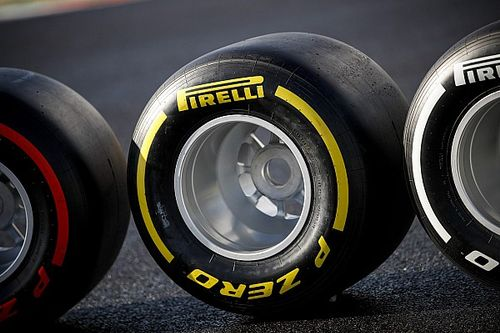 Teams testen in Bahrein met 2021-band van Pirelli