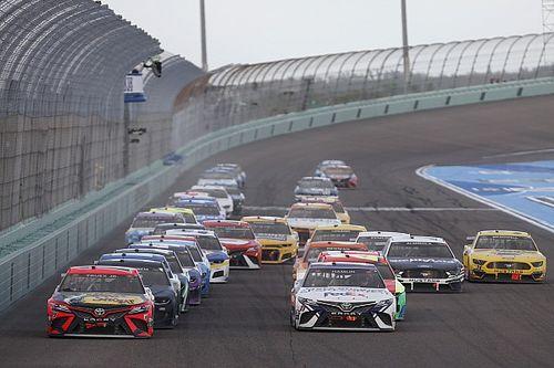 NASCAR presenta un calendario 2022 con cambios en los playoffs